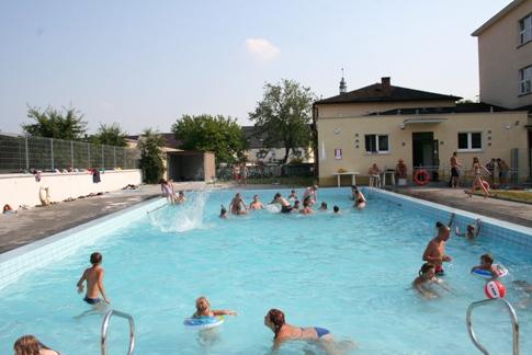 7. Szkoła - basen.jpeg