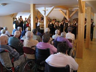 orkiestra w Domu spokojnej starości w jabłonkowie.jpeg